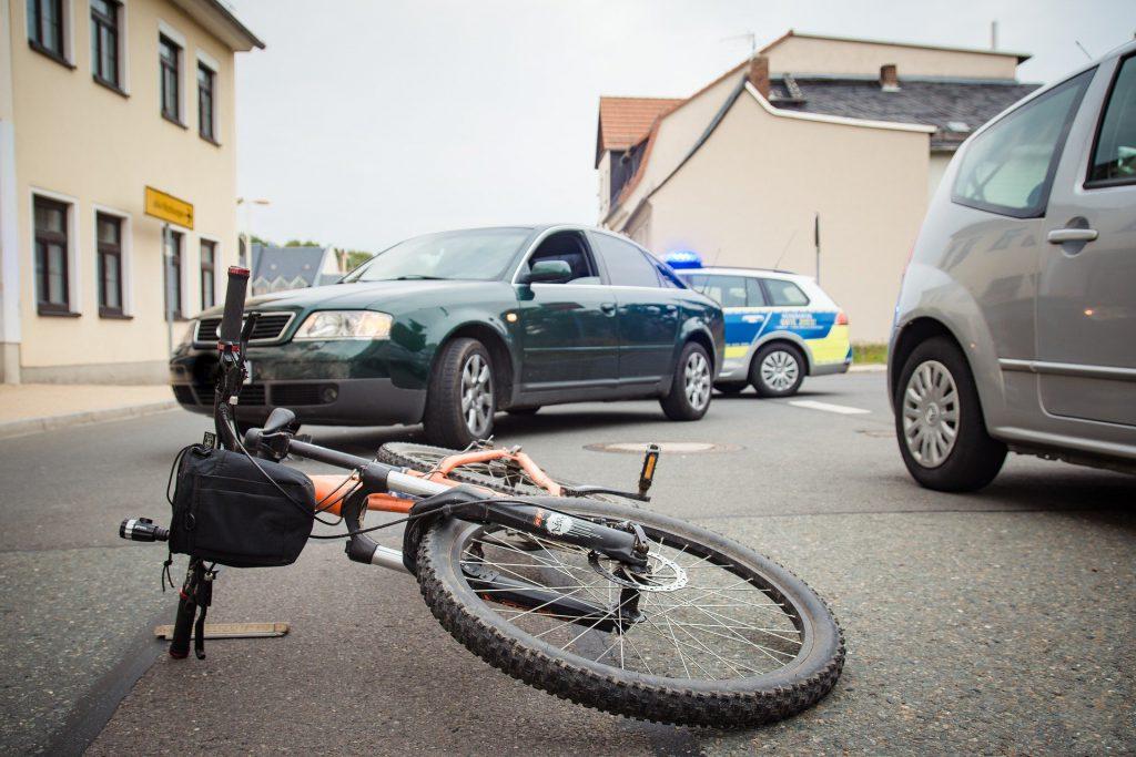 Symbolfoto Unfall Fahrrad