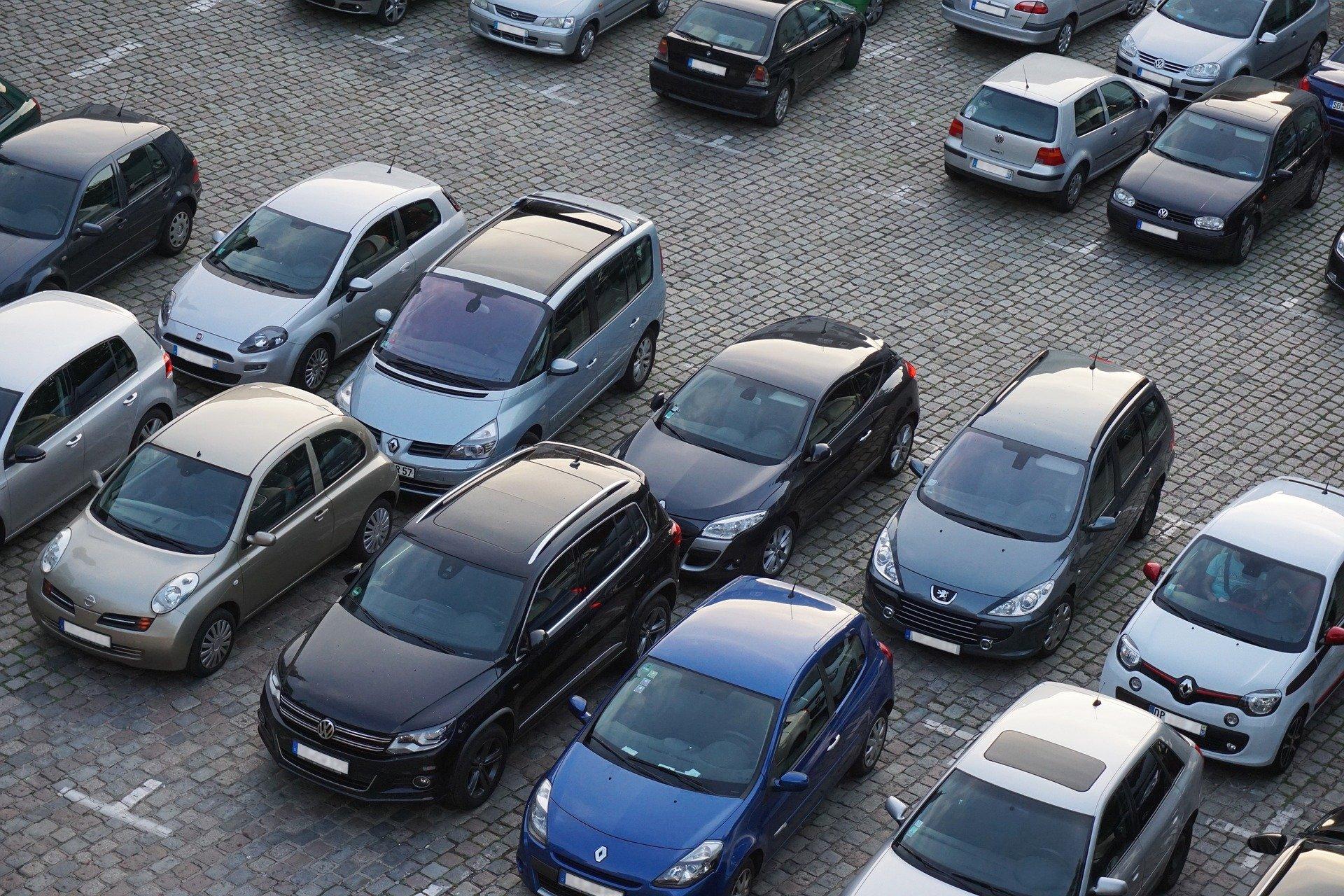 Symbolfoto Parkplatz