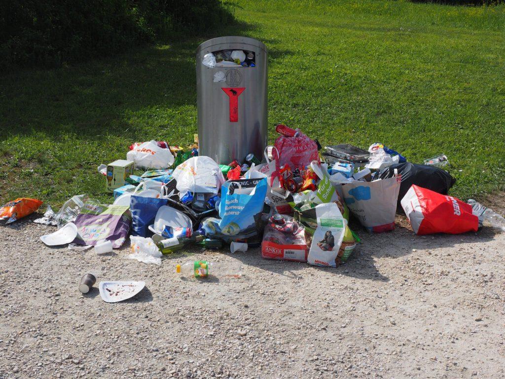 Symbolfoto Müllentsorgung illegal